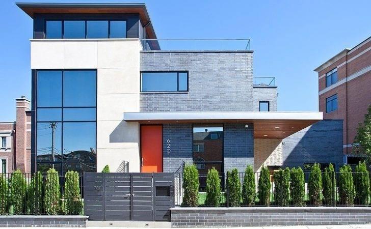 Modern House Nearby Lake Michigan Sense Verticality