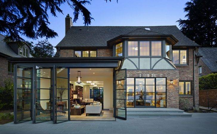 Modern Houses Seattle Glass Wall Designs