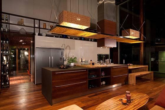 Modern Kitchen Showcasing Impressive Ceiling