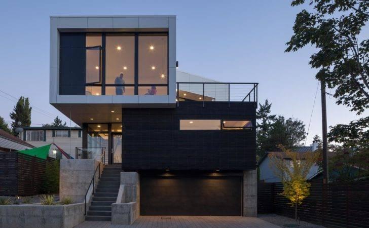 Modern Seattle Home Finds Creative Ways Let Sunshine