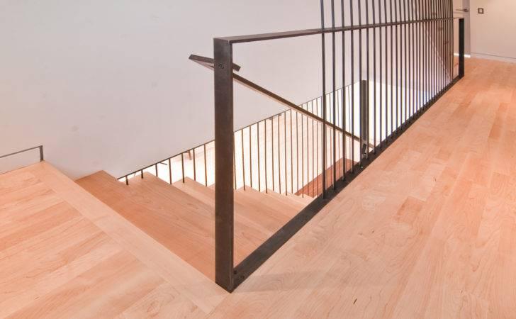 Modern Stairs Rail Build Llc