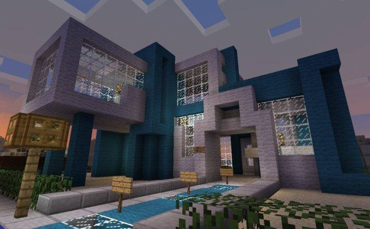 Modern Town Hall Diamonds
