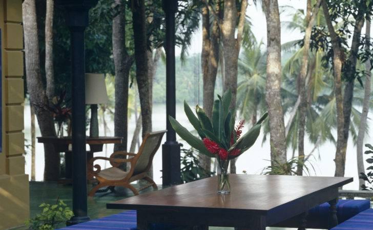 Modern Tropical Outdoor Dining Patio Design Ideas Lonny