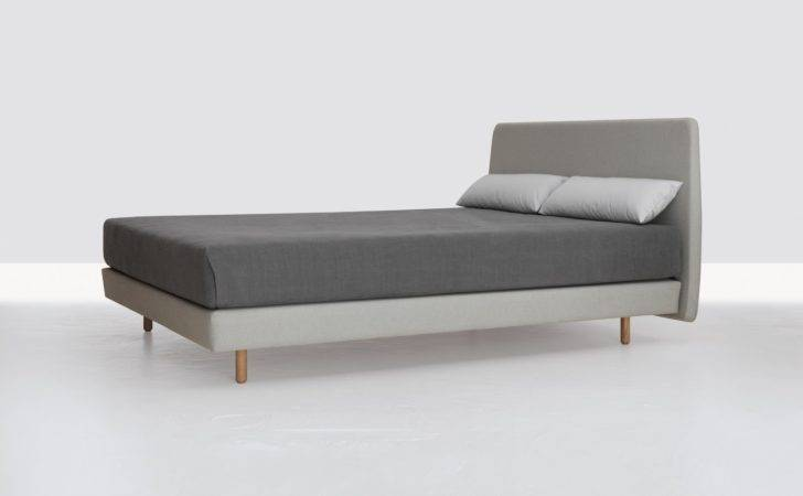 New Bed Bench Light All Debuted Week Milan