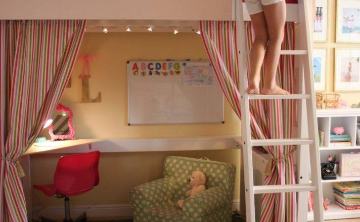 New Playroom Candid Honest Friends Don Hold Back