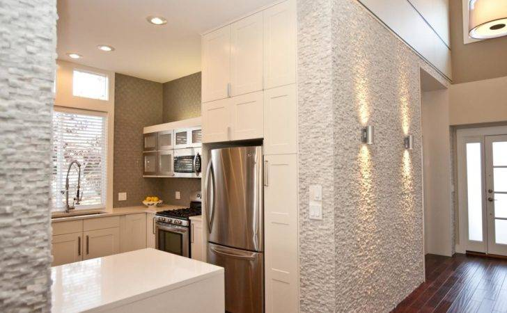 Open Modern Kitchen Textured Walls Contrast Nicely