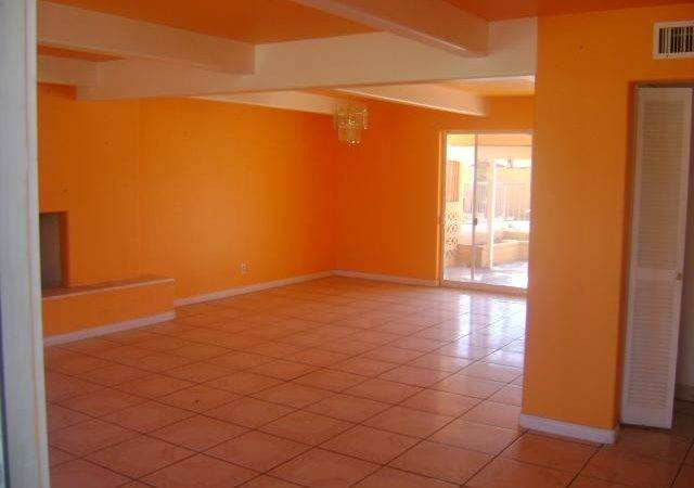 Orange Painted Kitchen Wall Glad Saw These Homes