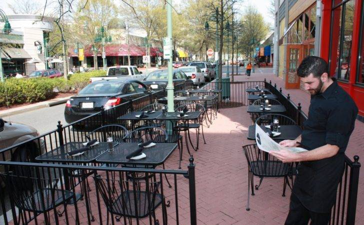 Outdoor Cafe Fencing March Cap City Open Its Ever Popular