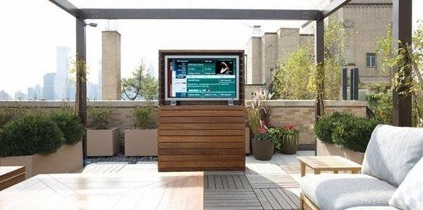 Outdoor Enclosure Ideas Take Entertainment Outdoors