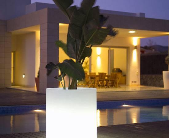Outdoor Garden Pots Built Lighting Llum Vondom Digsdigs