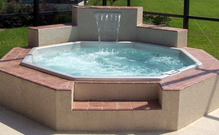 Outdoor Hot Tubs Here Octagon Shaped Ground
