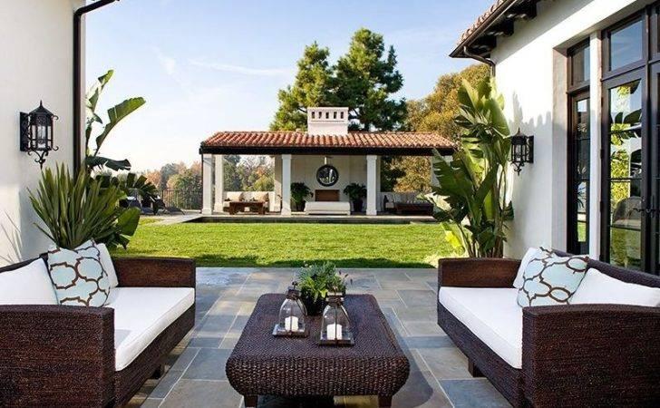 Outdoor Living Room Furniture Ideas