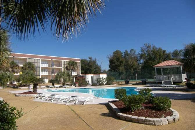 Outdoor Pool Gazebo Ocean Vacation Villas