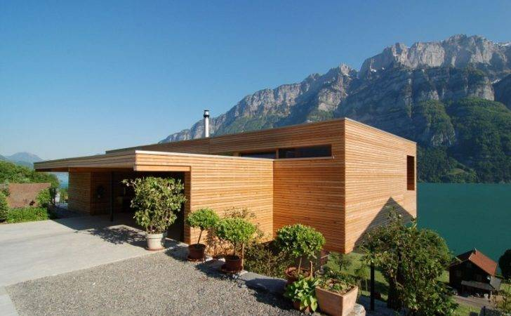 Outstanding Modern Rustic House Seasonal Wooden Building Design