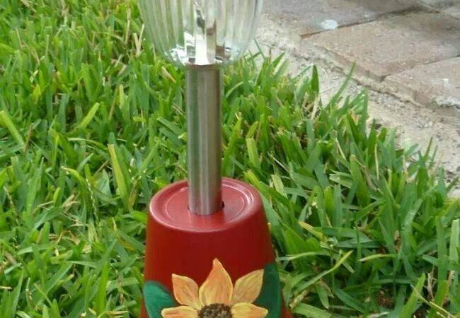 Painted Upside Down Pot Makes Great Movable Solar Light Holder