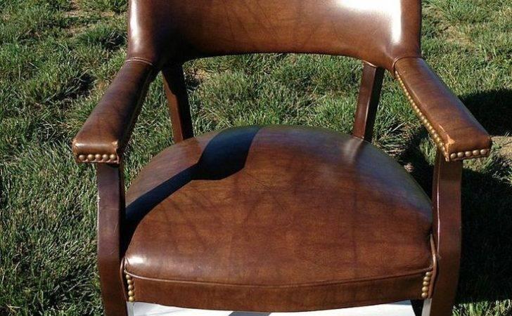 Painting Vinyl Chair