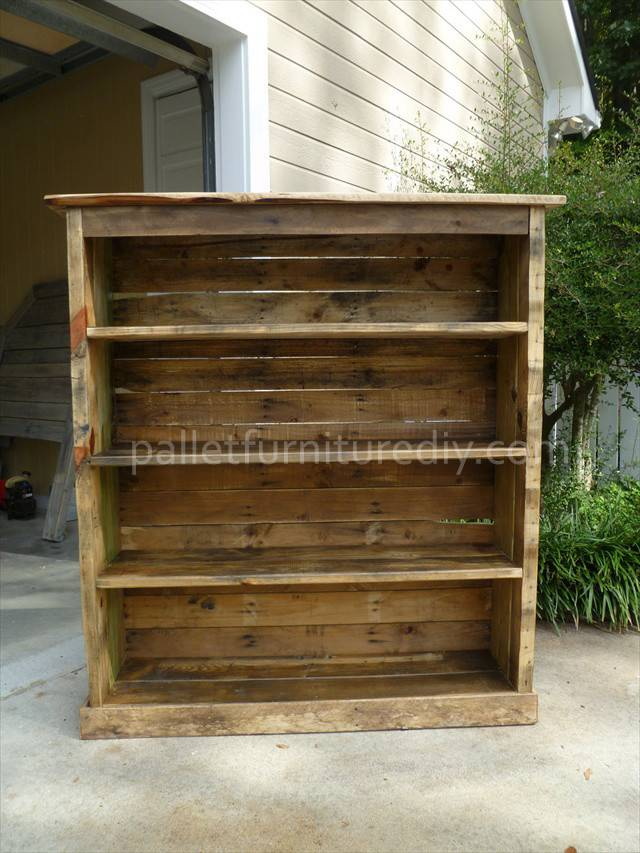 Pallet Bookcase Tutorial Furniture Diy