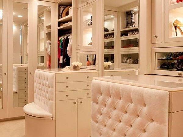 Perfect Walk Closet Bench Drawers