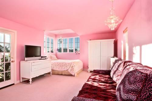 Pink Room Walls Carpet Inspiration