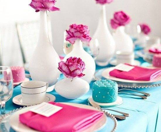 Pink Turquoise Hot White Table Colors