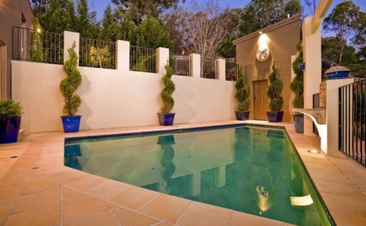 Planting Potted Plants Were Needed Make Garden Pool Area