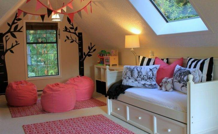 Playroom Daybed Decorating Ideas Pinterest