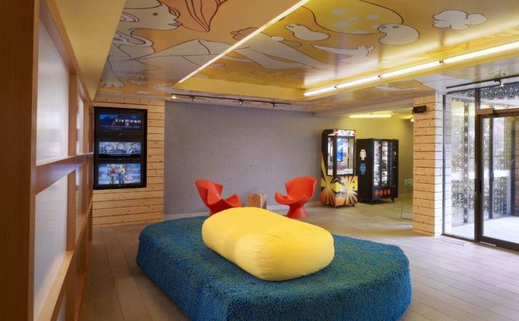 Pop Design Lobby Tomo