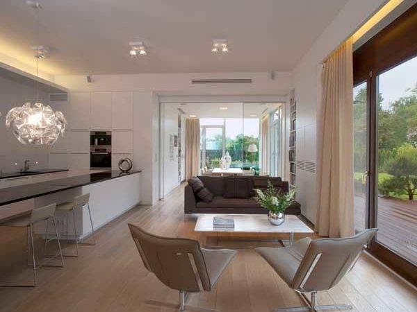 Pristine Multi Functional Eko Park Apartment