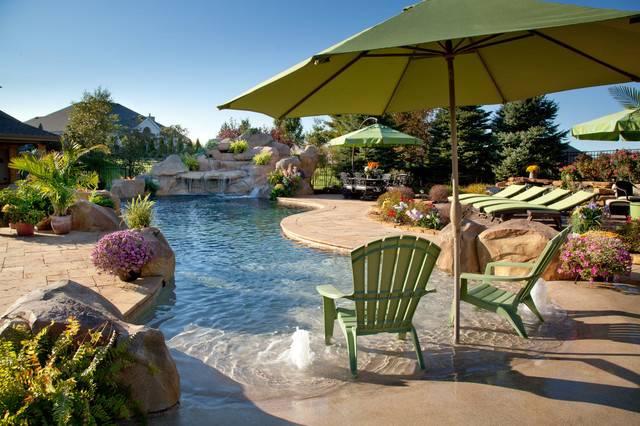 Private Estate Tropical Pool