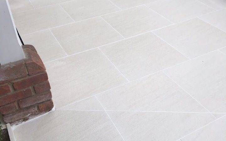 Product Showcase Sandy White Porcelain Paving Creates Crisp Modern