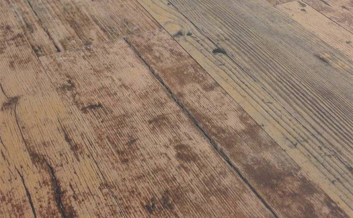 Range Montreal Maroon Wood Look Plank Porcelain Tile