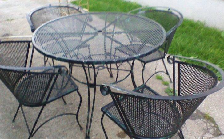 Rare Antique Piece Scrolled Wrought Iron Outdoor Patio Furniture Set