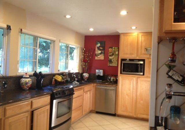 Red Kitchen Accent Wall Maybe Home Decor Ideas Pinterest