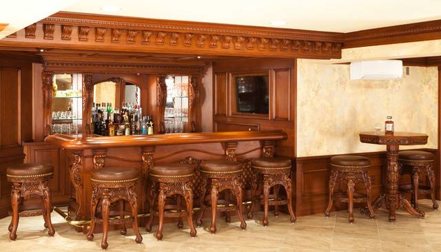 Residential Bar Traditional Home New York