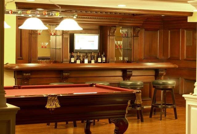Residential Bar Traditional Home Newark Kitchen