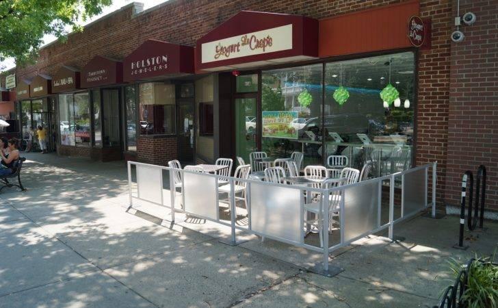 Restaurant Barriers Cafe Fencing Sidewalk Patio
