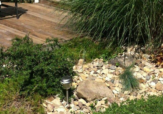 River Rock Used Landscaping Great Alternative Mulch Which