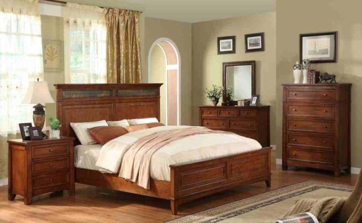 Riverside Furniture Craftsman Home Panel Bedroom Set