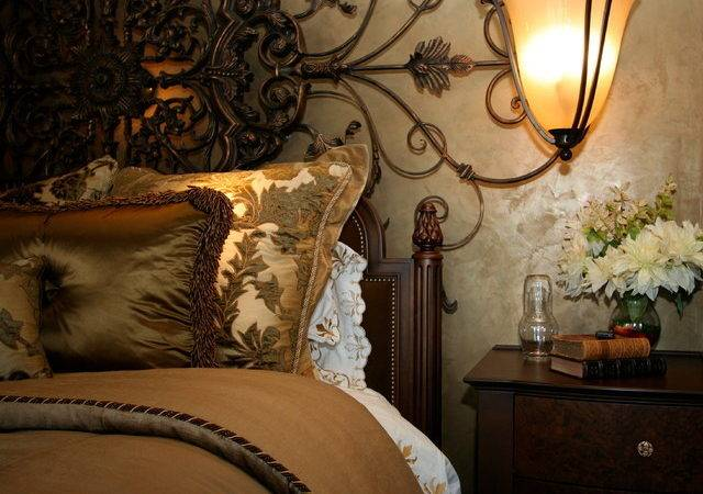 Robeson Design Traditional Bedroom San Diego