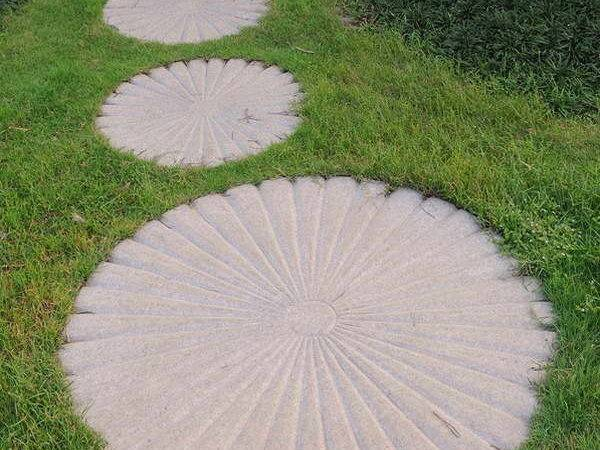 Round Stepping Stones Stone Design