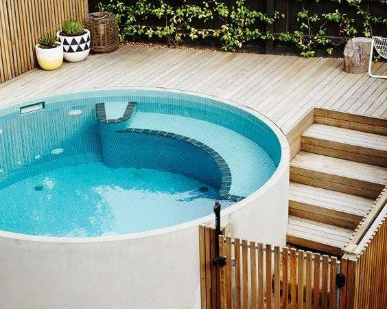 Round White Plunge Pool Outdoors