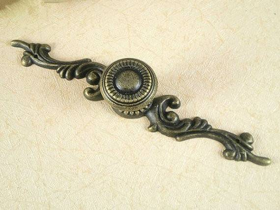 Rustic Dresser Drawer Knobs Pulls Backplate Antique Bronze French
