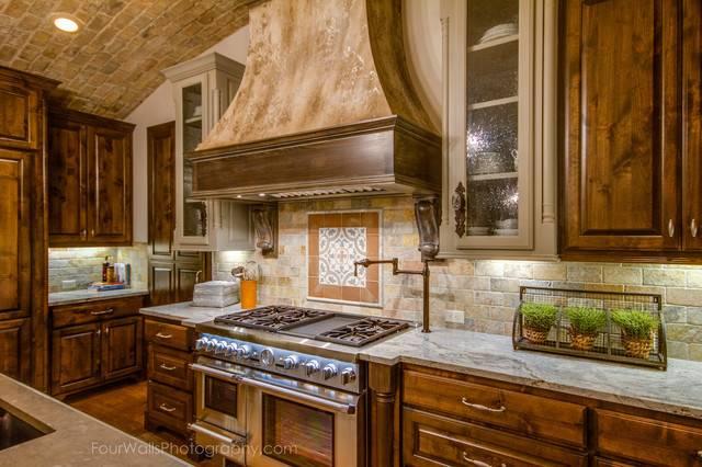 Rustic Mediterranean Kitchen Austin Bella