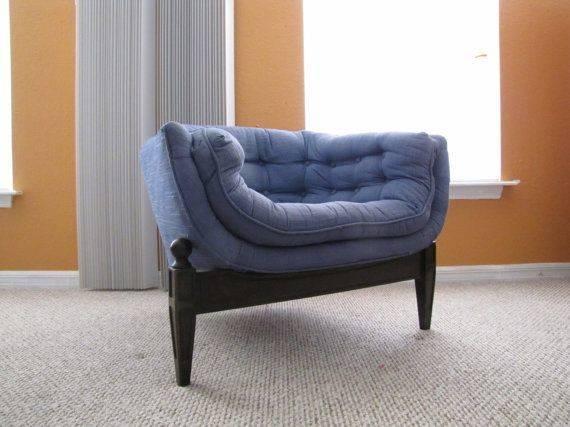 Sale Rare Unusual Three Legged Designmykind