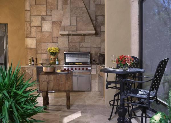 Set Summer Kitchen Amenities Your Outdoor Patio Design