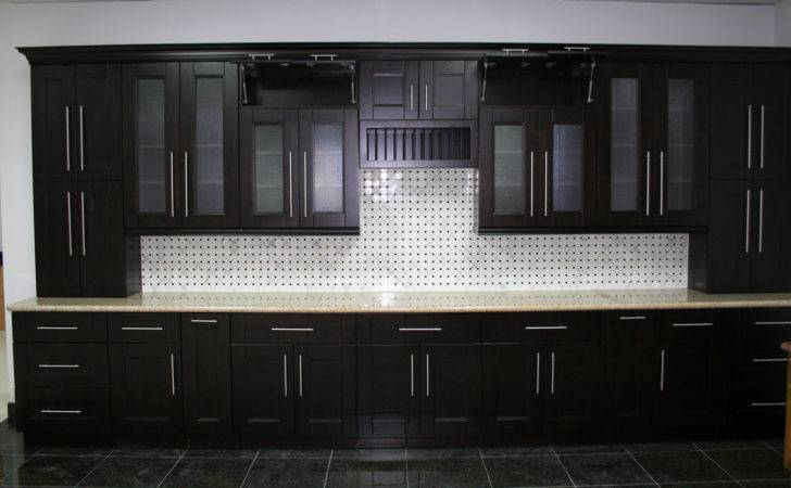 Shaker Style Cabinets Kitchen Application Traba Homes