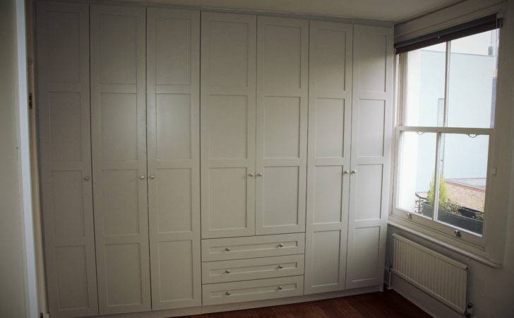 Shaker Style Wardrobe External Drawers