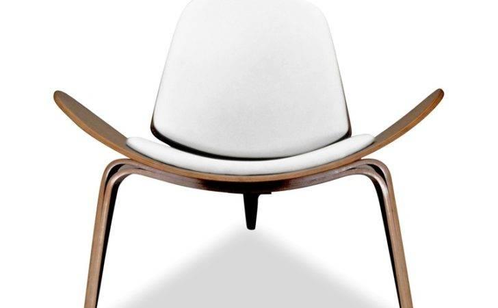 Shell Lounge Chair Hans Wegner Replica White Cushion Walnut