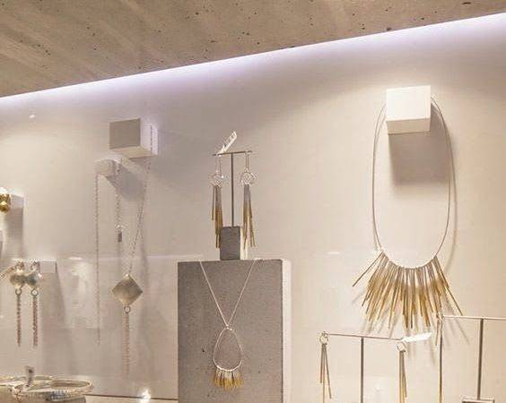 Shop Windows Glass Jewelry Window Displays Sea Search Minimal