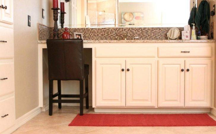 Simple Bathroom Vanity Seating Remodeling